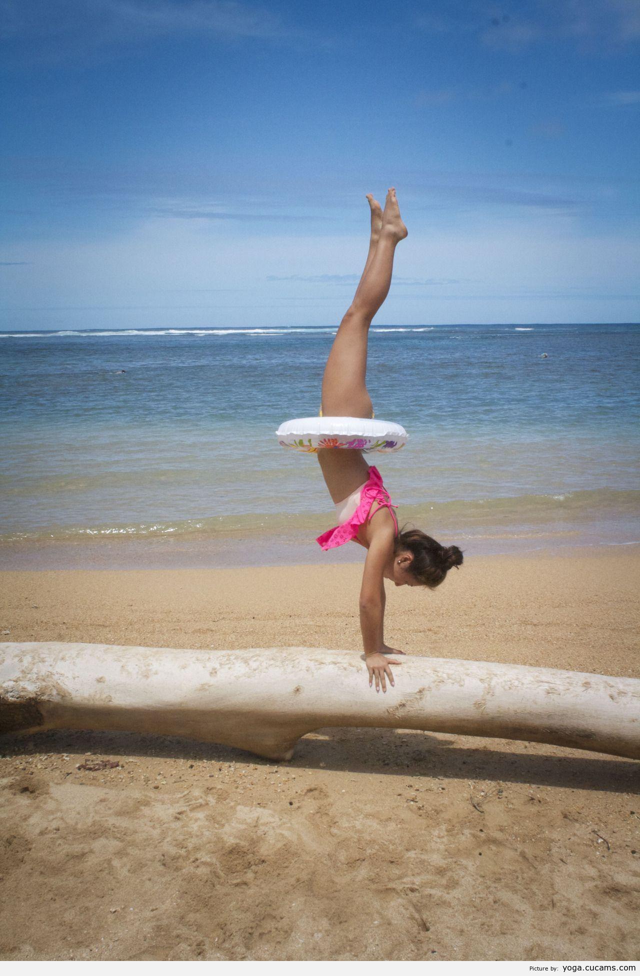 Yoga Stockings High by yoga.cucams.com